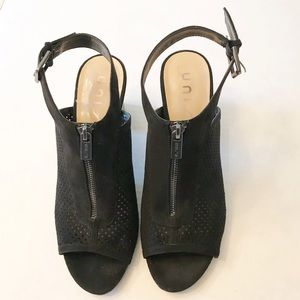 Unisa Black Block Heel Chunky Open Toe Shoe Sz 9.5